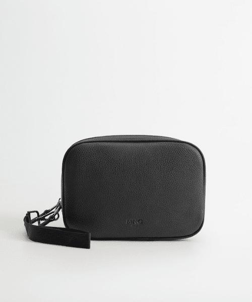 small black toiletries bag men