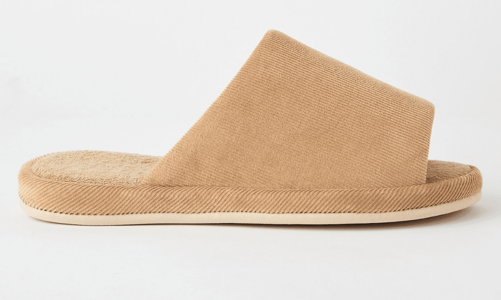 uniqlo slider slippers